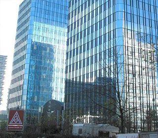 RESTRUKTURIERUNG DER BÜROHOCHHÄUSER DER IG-METALL, FRANKFURT AM MAIN